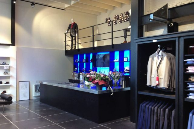 Verbouwing kledingwinkel in Hoorn